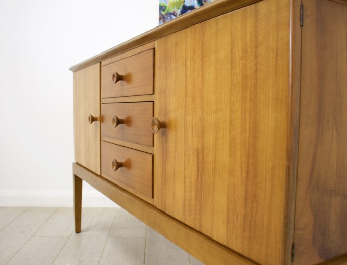 Mid Century Retro Vintage Walnut Sideboard by Gordon Russell #0271 2