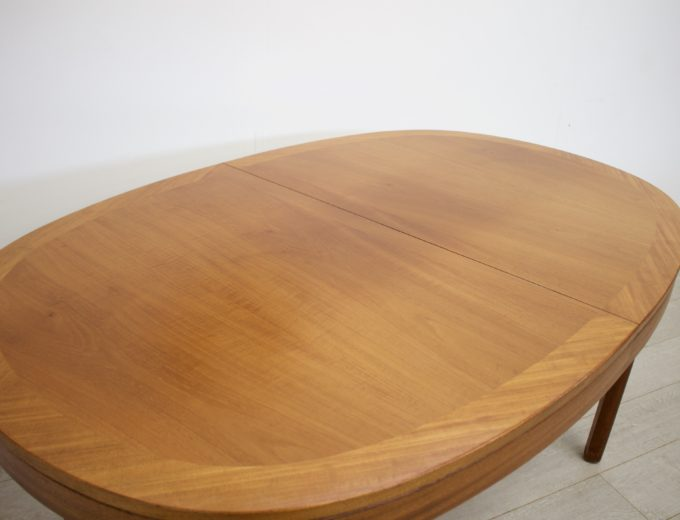 Mid Century Teak Extending Dining Table by Nathan #0272 1