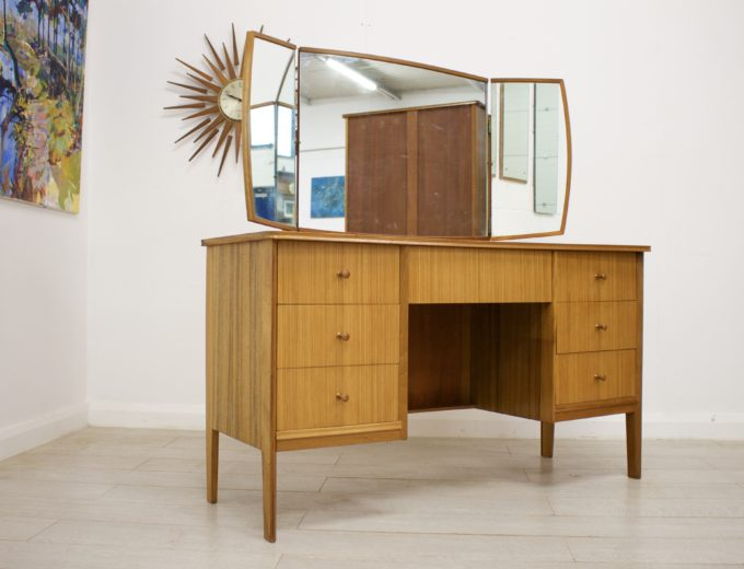 Mid Century Retro Teak & Walnut Vanson Dressing Table #0302 6