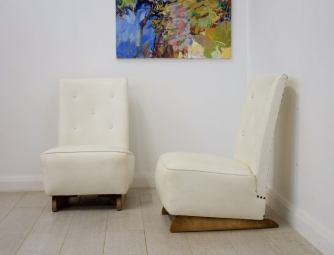 Vintage Art Deco Pair Bedroom / Cocktail Chairs 0