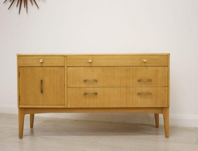 Mid Century Retro Oak Compact Sideboard #0326 4
