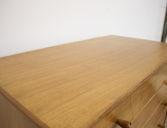 Mid Century Retro Walnut Tallboy Chest of Drawers by Alfred Cox #346 3