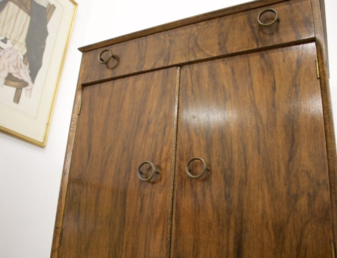 Mid Century Vintage Walnut Cupboard Cabinet Tallboy Sideboard Linen Press #347 3