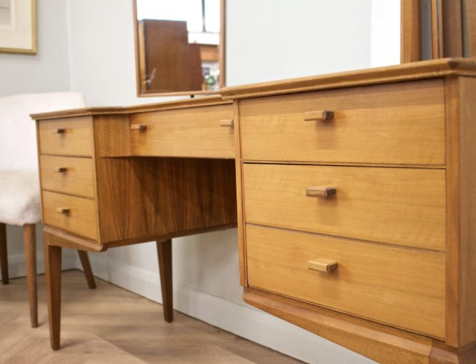 Mid Century Walnut Dressing Table from Alfred Cox #0500 2