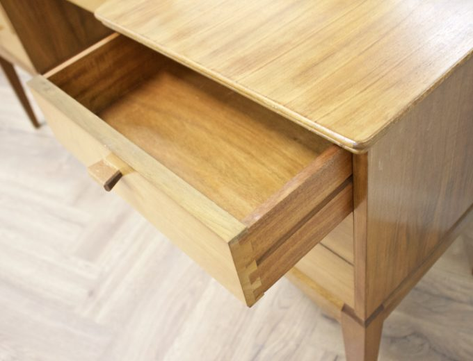 Mid Century Walnut Dressing Table from Alfred Cox #0500 4