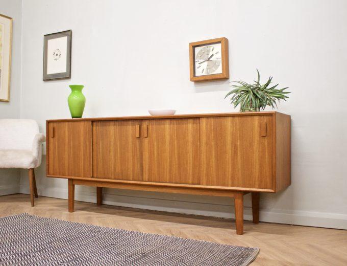 Mid Century Retro Danish Teak Sideboard #0501 1